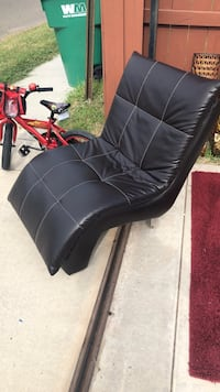 black leather padded rolling chair Pharr, 78577