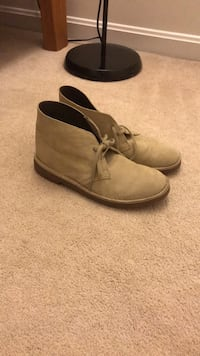 Clarks desert boots size 8  but fits like a 9.0 nike Rockville, 20853