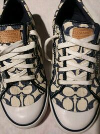 Size 10 Coach shoes never worn still new Copperas Cove, 76522