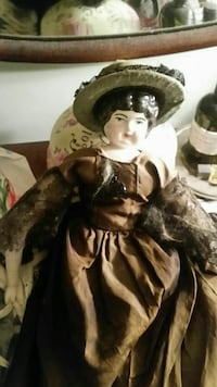 Victorian doll- ONLY on market until October 15 Damascus