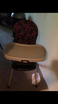 Baby's red and brown Graco high chair Columbia, 21044