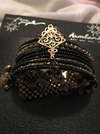 Free People armband. Expands. New in packaging   Austin, 78745