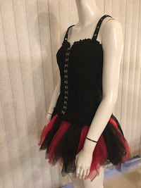 Women's black corset hot topic s/m and skirt one size fits all from spirit store