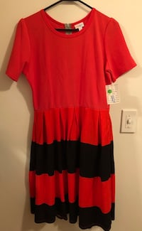 red and black scoop-neck dress Palatine, 60074