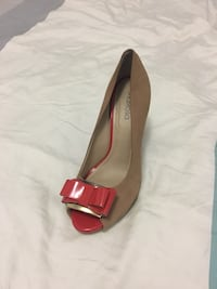 Natural leather shoes size 6