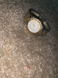 round silver-colored analog watch with link bracelet Harrisonburg, 22801