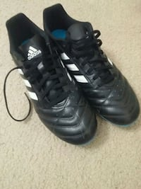 Pair of Adidas cleats London, N6H 4P4