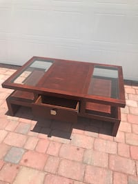 modern style coffee table Kissimmee, 34758