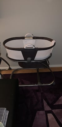 Planet Oasis Bassinet - For Sale