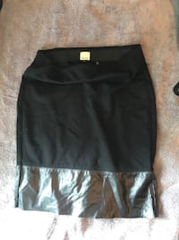 black and gray mini skirt Portage