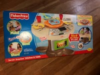 Fisher-price Serving surprises kitchen and table  Los Angeles, 91335