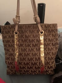 brown and black Michael Kors monogram tote bag Emmitsburg, 21727