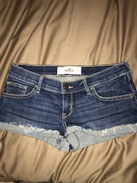 Hollister shorts  Ames, 50011