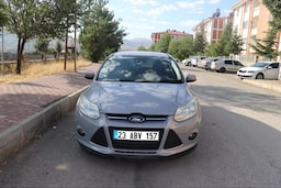 2011 Ford Focus 1.6I 125PS STYLE b8aa029a-e860-4db1-add7-3801171d74f4