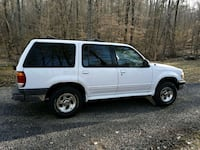 Ford - Explorer - 2000 Orange, 22960