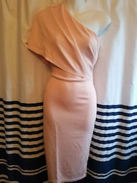 Dress Size M Guelph, N1E 7G6