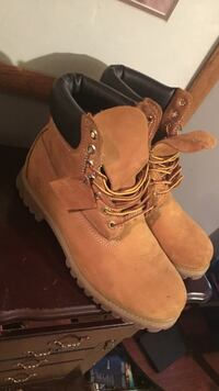 Men's timberlands Louisburg, 27549