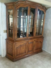 brown wooden framed glass display cabinet Moreno Valley, 92557