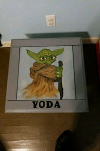 Yoda end table Cleveland, 37311