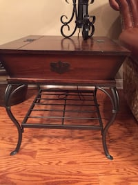 Two wooden side tables and matching coffee table Orlando, 32806