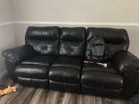 Brown couch  Jacksonville, 32210