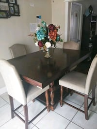 rectangular brown wooden table with six chairs dining set Altamonte Springs, 32714