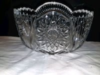 Large Crystal Bowl Sawtooth/Scallop Rim - $   Toronto, M9C 1J4