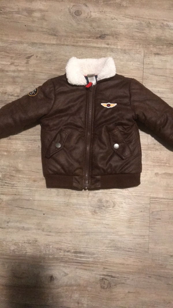 39df68504289a2 Used Toddler Bomber Jacket with patches for sale in Riverbank - letgo