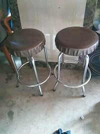 two round brown wooden stools Cicero, 60804