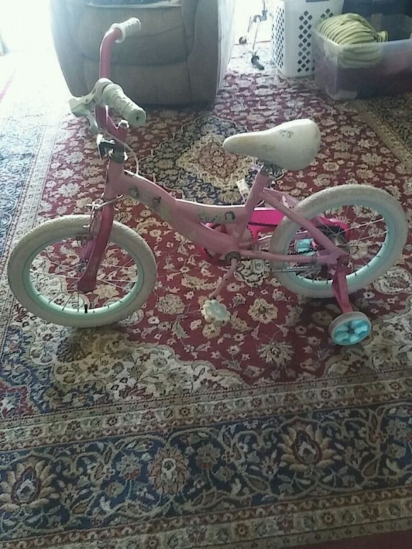 "Girls 12"" princesses bike 0"