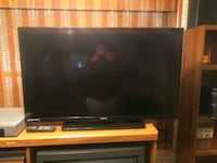 black flat screen TV with remote Donaldsonville, 70346