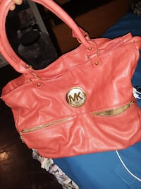 Michael Kors purse 41 km