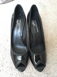 Donald Pilner open-toe black heels