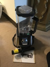 black and gray upright vacuum cleaner Winthrop