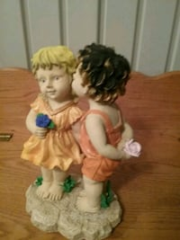 First kiss. Resin hand painted. Indoor or out.