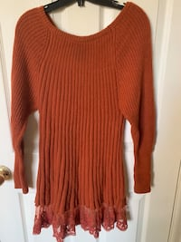Knit sweater dress Toronto, M1P 4P5