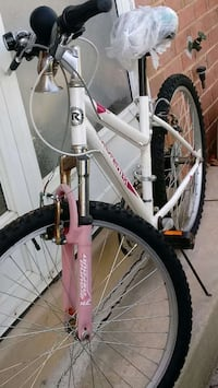 white and pink hardtail bicycle Fairfax, 22032