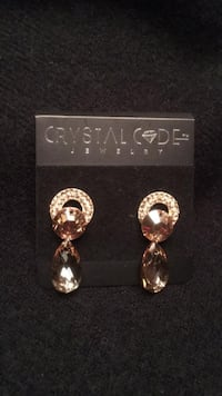 Crystal earring Mississauga, L5G 1G8