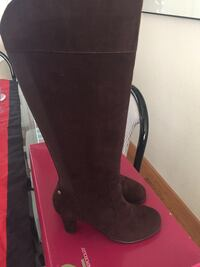 Aerosole Brown Suede Tall Boots sz7
