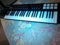 black and white electronic keyboard Overland Park, 66212