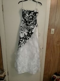 Prom gown Thurmont, 21788