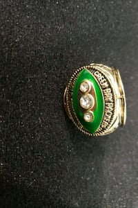 This is a championship green packers football ring Corona, 92883