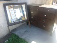 *DRESSER DRAWER WITH MIRROR * Los Angeles, 90044