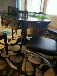 Black round table and 4 chairs Crofton, 21114