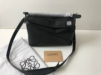 black and white leather crossbody bag New York, 11237