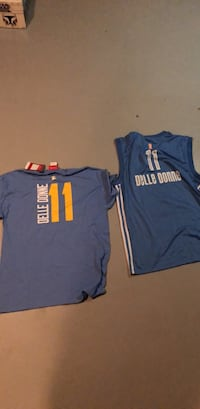 Delle Donne Shirt and Jersey Elgin, 60120