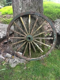 gray and black bicycle wheel Milford, 18337