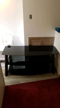 55 inch TV Stand in Great Condition Burlington, L7P 1S5