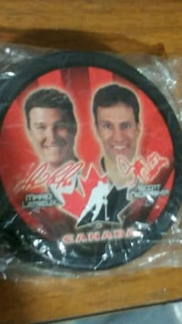 2002 McDonald's team Canada puck sealed 3730 km