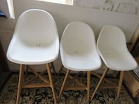 3 chairs Somerville, 02145